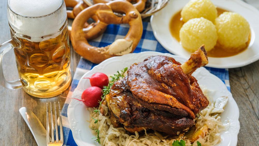 tri-balance_oktoberfest_bier_schweinshaxe