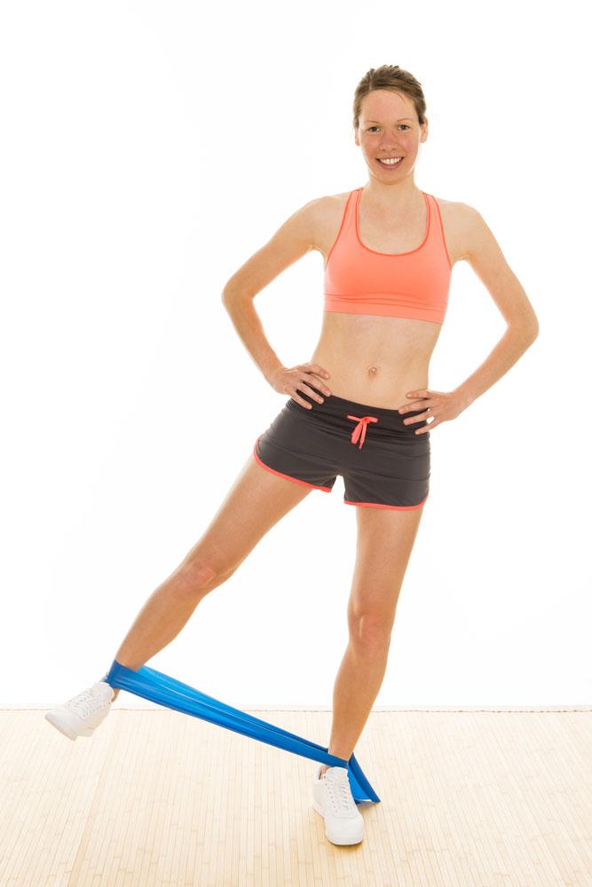Theraband-Übung für den Bauch, Theraband-Übung für den Po, Trainieren für schlanke Beine