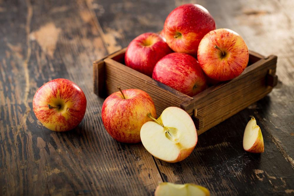 10 ballaststoffreiche Lebensmittel, basische Nahrungsmittel, tri.balance, Säure-Basen-Haushalt, Äpfel basisch