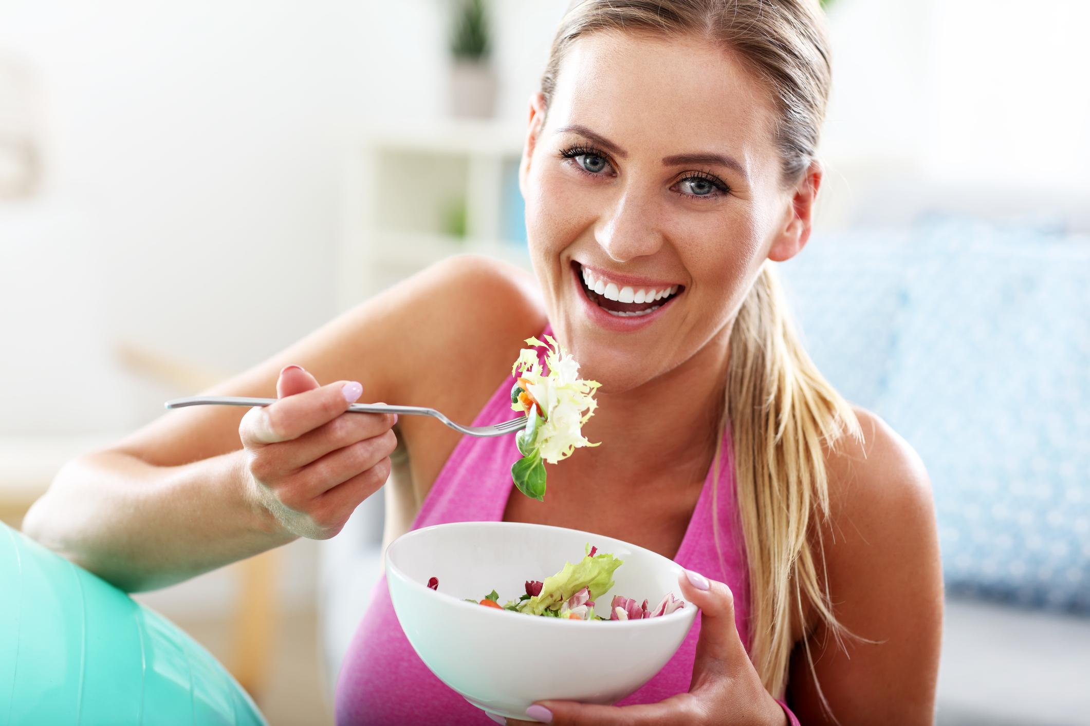 Frühling, Salat, Obst, Gemüse, basische Ernährung, Säure-Basen-Haushalt